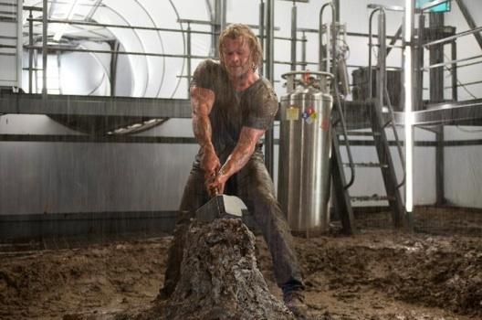 Thor prepares to raise Mjolnir